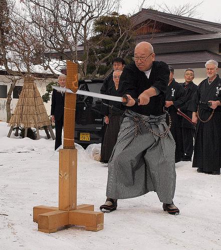 この画像は、サイトの記事「日本刀 切れ味 おすすめ YouTube視聴無料動画 まとめてご紹介!」のイメージ写真画像として利用しています。