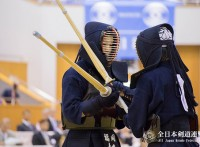 この画像は、サイトの記事「剣道 全日本選手権 女子 おすすめ YouTube視聴無料動画 まとめてご紹介!」のイメージ写真画像として利用しています。