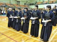 この画像は、サイトの記事「第61回 全日本東西対抗剣道大会 2015 おすすめ YouTube視聴無料動画 まとめてご紹介!」のイメージ写真画像として利用しています。