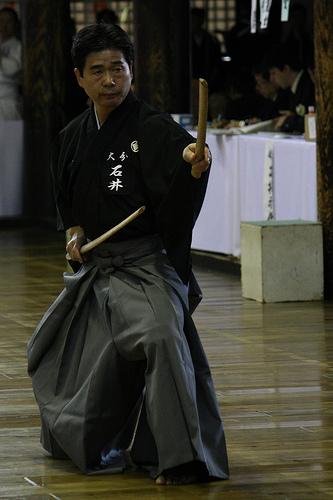 この画像は、サイトの記事「剣道 二刀流 おすすめ YouTube視聴無料動画 まとめてご紹介!」のイメージ写真画像として利用しています。
