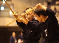 この画像は、サイトの記事「杖道 全日本杖道大会 おすすめ YouTube視聴無料動画 まとめてご紹介!」のイメージ写真画像として利用しています。