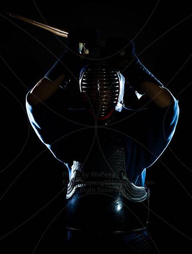 この画像は、サイトの記事「剣道 第63回 インターハイ 『男子個人』 2016 おすすめ YouTube視聴無料動画 まとめてご紹介!」のイメージ写真画像として利用しています。
