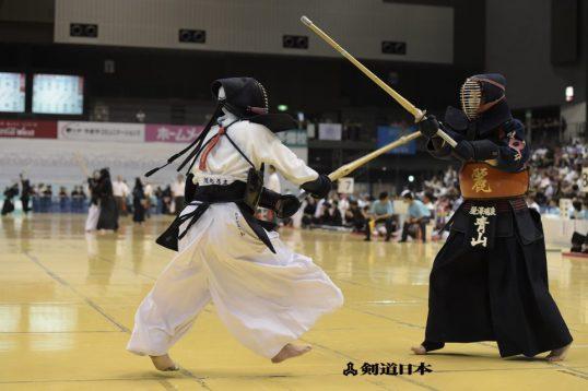 この画像は、サイトの記事「高校剣道 玉竜旗 男女 おすすめ YouTube視聴無料動画 まとめてご紹介!」のイメージ写真画像として利用しています。