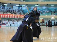 この画像は、サイトの記事「第64回 全日本都道府県対抗剣道優勝大会 2016 おすすめ YouTube視聴無料動画 まとめてご紹介!」のイメージ写真画像として利用しています。