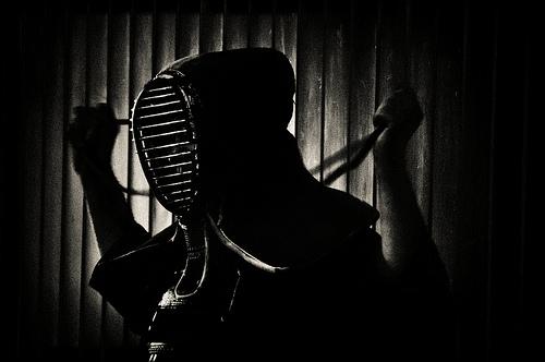 この画像は、サイトの記事「剣道 国体 『少年女子』おすすめ YouTube視聴無料動画 まとめてご紹介!」のイメージ写真画像として利用しています。