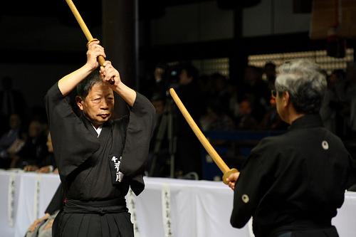 この画像は、サイトの記事「剣道形 5本目 おすすめ YouTube無料視聴動画 まとめてご紹介!」のイメージ写真画像として利用しています。