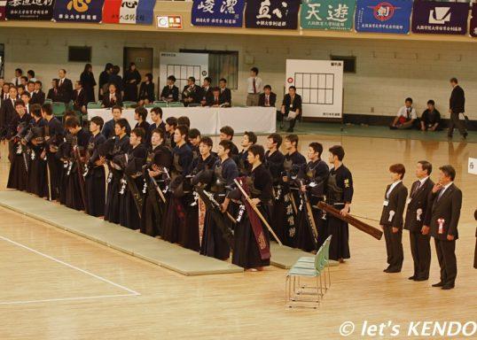 この画像は、サイトの記事「全日本学生剣道東西対抗試合 おすすめ YouTube視聴無料動画 まとめてご紹介!」のイメージ写真画像として利用しています。