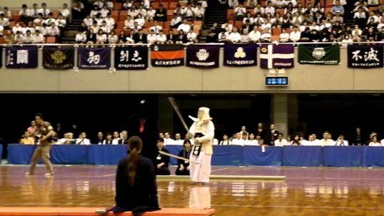 この画像は、サイトの記事「全日本女子学生剣道選手権大会 おすすめ YouTube視聴無料動画 まとめてご紹介!」のイメージ写真画像として利用しています。