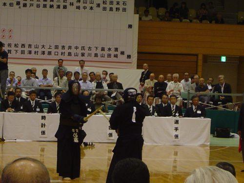 この画像は、サイトの記事「おすすめ『全日本東西対抗剣道大会 女子』 YouTube無料動画まとめてご紹介!」のイメージ写真画像として利用しています。